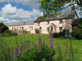 Buttermoor-Farm-Bed-and-Breakfast-300x225